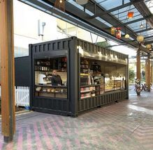 Container House Cafe Coffee Shop – Shipping Container US Kiosk Design, Cafe Design, House Design, Container Home Designs, 40ft Container, Container Architecture, Shipping Container Restaurant, Coffee Shop Counter, Container Coffee Shop