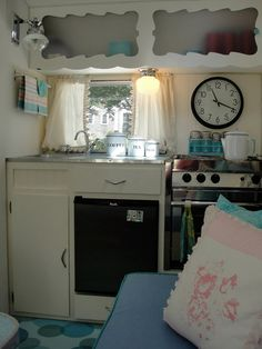 I love the clean white with the black retro appliances!