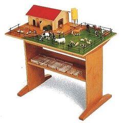 How to Make a Montessori Phonetic Farm Lesson Set thumbnail