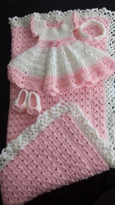 My gift to my sister on her baby shower yesterday Newborn Heirloom Set, crocheted by me (Sandra D. Thank you to the crocheters who shares their patterns/tutorials! Of course I changed a few things here and there to make it extra special! Crochet Baby Dress Pattern, Baby Girl Crochet, Crochet Baby Clothes, Baby Blanket Crochet, Crochet Patterns, Knitting Patterns, Baby Dress Clothes, Baby Dresses, Baby Sweaters