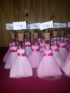 Souvenirs de 15 años 14th Birthday, Sweet 16 Birthday, Birthday Diy, Birthday Parties, Quinceanera Favors, Quinceanera Dresses, Diva Party, Glitter Balloons, Kids Birthday Themes