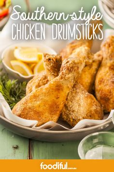 Bite into some Southern style chicken, which has been baked instead of fried to cut back on fat. Hoisin Chicken, Chicken Drumsticks, Chicken Wings, Southern Baked Chicken Recipe, Baked Chicken Recipes, Moroccan Chicken, Honey Mustard, Southern Style, Dinner Tonight