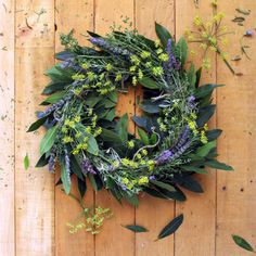 Making a DIY Wreath Is Easier Than Ever, Thanks to This Dollar Store Trick  - CountryLiving.com