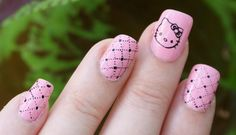 hello kitty manicure!