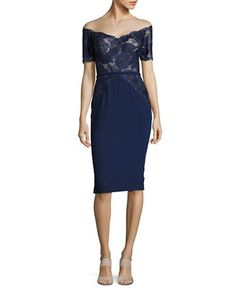 Guess Damen Three-Quarter Sleeve Cut-Out Lace Sheath Dress Cocktailkleid