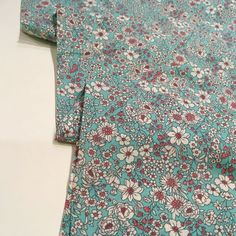 A gorgeous light-weight fabric that is soft and has some drape. It is ideal for dressmaking projects such as dresses, skirts, trousers, tops and blouses. Cotton Lawn Fabric, Ditsy Floral, Dressmaking, Floral Prints, Trousers, Men Casual, Link, Garden, Skirts
