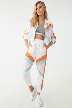 Raincoats For Women WomenS Jackets Sport Fashion, Cute Fashion, Girl Fashion, Fashion Outfits, Womens Fashion, Sporty Outfits, Dope Outfits, Shop Forever, Forever 21