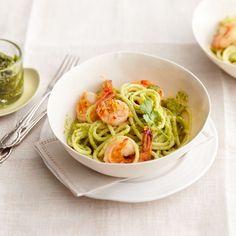 Spaghettoni mit Garnelen und Erdnuss-Pesto