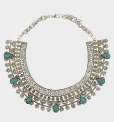 its actually a Parfois Necklace but looks like an Azza Fehmi creation....i guess the inspiration was Azza Fehmi