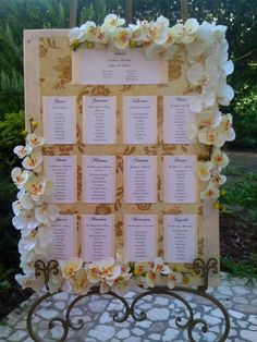 Perfect for Wedding Shower and Bridal Shower Party. Wedding Seating Board, Wedding Table, Rustic Wedding, Tableau Marriage, Diy Wedding Flowers, Wedding Ideas, Wedding Decorations, Floral Backdrop, Bridal Shower Party