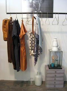 kledingrek!  Goed zelf te maken.   101woonideeen woonbeurs #leenbakker #101woonideeen