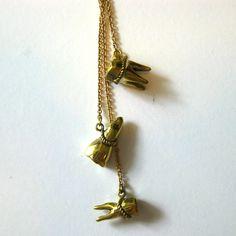'Souvenir' Necklace    £24.00 #statementjewelry #statementjewellery #jewelry #jewellery #ThatsPretty #fashion #vintagejewelry