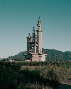 半途而廢的結構體看起來那麼美麗,那麼悲傷 / Lanwei by Stanley Wong