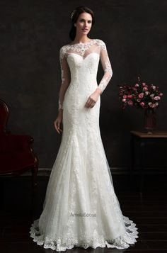 Amelia Sposa wedding dress beautiful in lace