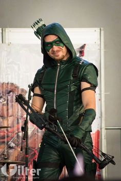 Arrow Season 4 Oliver Queen Show