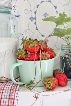 Strawberries | Vibeke Design