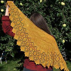 Ravelry: Aurei shawl pattern by Maria Näslund