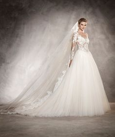 ARLENE - Vestido de novia princesa, escote pico en espalda con encaje