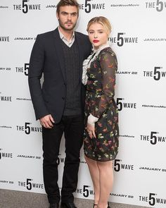 Chloe Grace Moretz and Alex Roe at #The5thWave photocall in London on January 21st! {#ChloeGraceMoretz #AlexRoe}