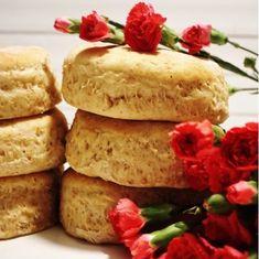 Grova tekakor med havregryn och kruskakli - Victorias provkök Bread Recipes, Baking Recipes, Vegan Recipes, Vegan Baking, Bread Baking, Sandwiches, Pizza, No Bake Desserts, Afternoon Tea