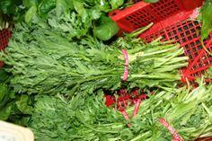 쑥갓 - ssukgat Common names: chop-suey-green, crown daisy, garland chrysanthemum
