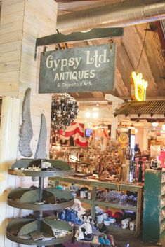 Boho Glam Home, Gypsy Home, Junk Gypsies Decor, Round Top Texas, Big Cup Of Coffee, Gothic Bedroom, Look Boho, Gothic House, Funky Junk