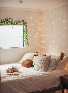 Bohemian Minimalist with Urban Outfiters Bedroom Design Ideas ~ Beautiful House Minimalist Bedroom, Modern Bedroom, Contemporary Bedroom, Master Bedroom, Master Suite, Master Master, Bedroom Romantic, Bedroom Classic, Trendy Bedroom