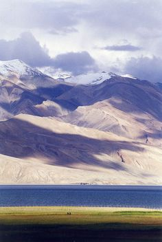 Lake Tsomoriri - Western Himalayas, India