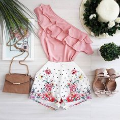 Swans Style is the top online fashion store for women. Shop sexy club dresses, jeans, shoes, bodysuits, skirts and more. Cute Fashion, Look Fashion, Teen Fashion, Fashion Outfits, Womens Fashion, Fashion Ideas, Classy Outfits, Pretty Outfits, Stylish Outfits