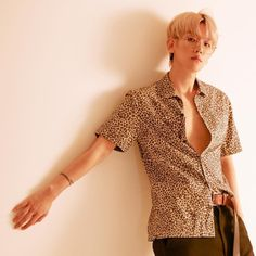 180614 ellenayim: Baekhyun Baekhyun for 'Lined' Magazine on 2018 June Suho, Exo Chanbaek, Park Chanyeol, Mamamoo, Chen, Exo 2014, Xiu Min, Exo Members, Exo K