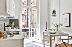 Inspiring Homes: Classics-filled White Home