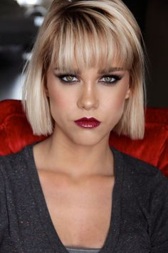 10 Women For Popular Gorgeous Chin Length Bob Hairstyle 2019 tan .- 10 Frauen Für Beliebte herrlich Kinn Länge Bob Frisur 2019 trends frisurenwe… 10 Women For Popular Gorgeous Chin Length Bob Hairstyle 2019 Trends Hairstyles 2019 - Messy Bob Hairstyles, Short Bob Haircuts, Short Blonde, Blonde Hair, Blonde Bob With Fringe, Blond Bob, Medium Hair Styles, Short Hair Styles, Medium Hairstyles
