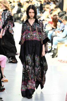 Yohji Yamamoto, Bohemian Style, Style Me, Knitwear, Kimono Top, Style Inspiration, Fashion Fashion, Fashion Ideas, Sacai