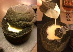 Volcà de formatge amb pa de carbó Portal, Restaurant, Cake, Desserts, Food, Gastronomia, Tailgate Desserts, Pie, Kuchen