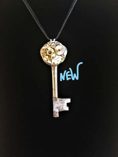 Unique Men's Skeleton Key Necklace Cosplay Steampunk Key