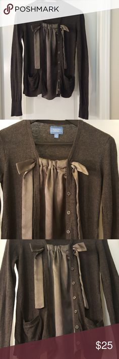 Simply Vera Vera Wang- Gray and Silver Sweater Simply Vera Vera Wang, Beautiful Long Sleeve Sweater, gray with a touch of silver down the center. Button down and bowed at the top! Simply Vera Vera Wang Tops Blouses
