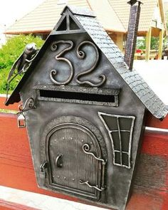 Foto Metal Projects, Welding Projects, Projects To Try, Metal Art Sculpture, Iron Work, Mail Art, Blacksmithing, Wrought Iron, Metal Working