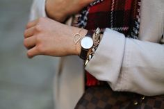 Winter Outfit with Louis Vuitton Damier Ebene Speedy, a checked and houndsthooth Scarf, white Coat from Primark / Vienna / Daniel Wellington Watch / Bracelet in Rose from Xenox