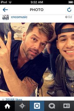 "Ricky Martin ""trains"" Simon Cowell's new boyband CNCO - Celeb . Ricky Martin, Simon Cowell News, Cnco Richard, Robert Downey Jr, Johnny Depp, A Good Man, My Boys, Persona, Iron Man"