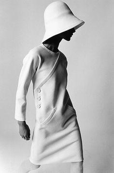 Model Bernadette wearing Lanvin in Paris, 1966. Photo: F.C. Gundlach.
