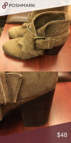 Splendid Ankle Boots Dark Camel suede with a stacked heel - PERFECT Autumn stroll boots with a front fold and side buckle. Splendid Shoes Ankle Boots & Booties