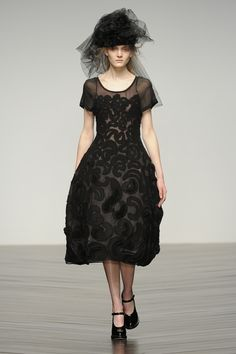 #JohnRocha #AW13 #catwalk #readytowear #LFW #london #black #fashion #style #embroidery