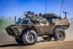 Canadian Armed Forces TAPV on exercise Maple Resolve 18 Army Vehicles, Armored Vehicles, Military Weapons, Military Aircraft, Army Tech, Close Air Support, Canadian Army, Force Pictures, Armored Fighting Vehicle