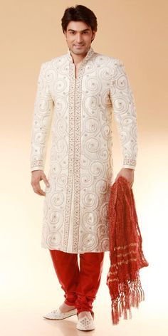 Red Gold Embroidery Sherwani Indian Groom Attire For Indian Wedding