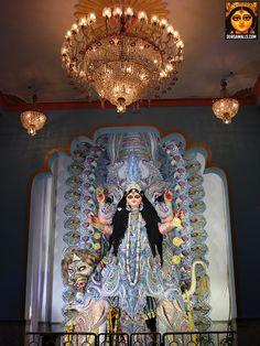 Beautiful lighting and pandals at Chandanagar for Jagaddhatri Puja. The idols will blow your mind. Durga Maa, Shiva Shakti, Jagadhatri Puja, Buddha Meditation, Gods And Goddesses, Ganesha, Blessings, Mythology, Om