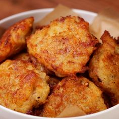 "This is ""Frittelle di patate e pancetta"" by Al.ta Cucina on Vimeo, the home for high quality videos and the people who love them. Batata Potato, Indian Food Recipes, Italian Recipes, Pancakes And Bacon, Good Food, Yummy Food, Ramadan Recipes, Cooking Recipes, Healthy Recipes"
