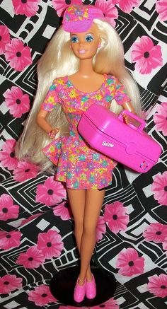 Caboodles Barbie - had the matching life size caboodle! 1980s Barbie, Barbie Box, Vintage Barbie, Vintage Toys, Barbie Dream, Barbie Collection, Retro Toys, Barbie World, Barbie Friends