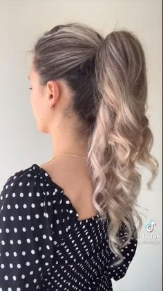 Hairdo For Long Hair, Bun Hairstyles For Long Hair, Hairstyles For A Party, Hair Extension Hairstyles, Hairstyle Ideas, Simple Hairstyles For Long Hair, Braided Homecoming Hairstyles, Going Out Hairstyles, Cute Braided Hairstyles