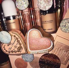 Makeup Tools And Order Chanel Makeup, Kiss Makeup, Love Makeup, Makeup Inspo, Makeup Inspiration, Hair Makeup, Makeup Set, Makeup Goals, Makeup Tips