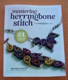 Mastering Herringbone Stitch (Dominar o Ponto Espinha) #beadweaving #missangas